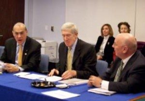 L-R: The OECD's Angel Gurría, the State Department's Robert Hormats, and BIAC Chairman Charles Heeter at a USCIB luncheon on state-owned enterprises.