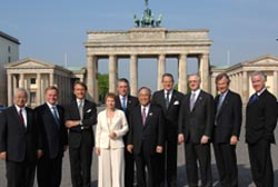 USCIB Chairman William G. Parrett (second from left) joined other top business chiefs at the first-ever G-8 Business Summit in Berlin (Photo: BDI).
