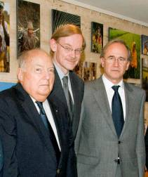 L-R: IOE President Abraham Katz, World Bank President Robert Zoellick and IOE Secretary General Antonio Peñalosa.