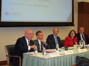 At the September 13 panel discussion (L-R): BIAC Chairman Charlie Heeter (Deloitte), Ed Gresser (Progressive Economy), Ken Ash (OECD), Dorothy Dwoskin (Microsoft), Rob Mulligan (USCIB)