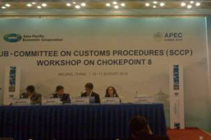 "Kristin Isabelli (far right) moderated a workshop on chokepoint 8 titled ""Lack of Regional Cross-Border Customs-Transit Arrangements."""