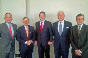 At USCIB's Board of Directors meeting in Washington, D.C. (L-R): USCIB Vice Chair Dennis Nally (PricewaterhouseCoopers), USCIB Chairman Terry McGraw (McGraw Hill Financial), USCIB President Peter Robinson, ICC Secretary General John Danilovich and BIAC Secretary General Bernhard Welschke. McGraw and Danilovich briefed the media on developments in the G20 and WTO later in the week.