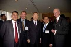 L-R: ICC Vice Chairman Rajat Gupta, ICC Honorary Chairman Marcus Wallenberg, UN Secretary General Ban Ki-moon, ICC Chairman Victor Fung, UN Under Secretary General Joseph Reed