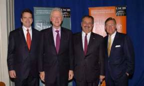 L-R: USCIB President and CEO Peter Robinson, former President Bill Clinton, Dow CEO Andrew Liveris, USCIB Chairman Harold McGraw III.